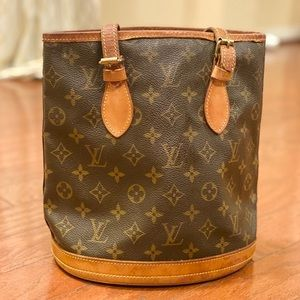 Louis Vuitton Bucket PM